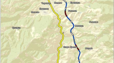 Сегашното трасе (в жълто) и новото (в синьо)